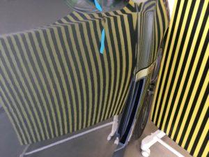 レヴォーグ運転席プレスラインのデントリペア