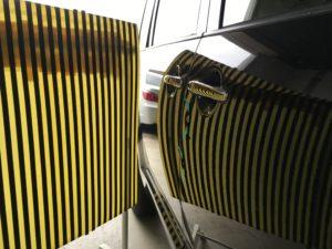 デリカD5運転席ドアのヘコミをデントリペアで修理