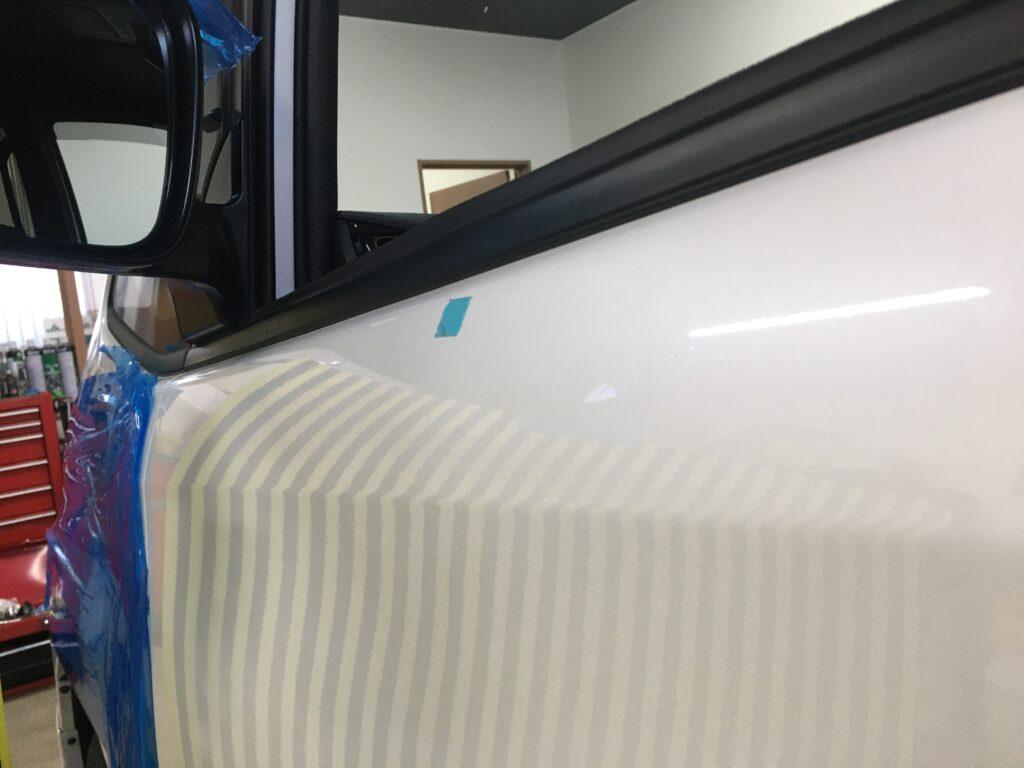 トヨタノアの助手席のヘコミをデントリペアで修理アフター